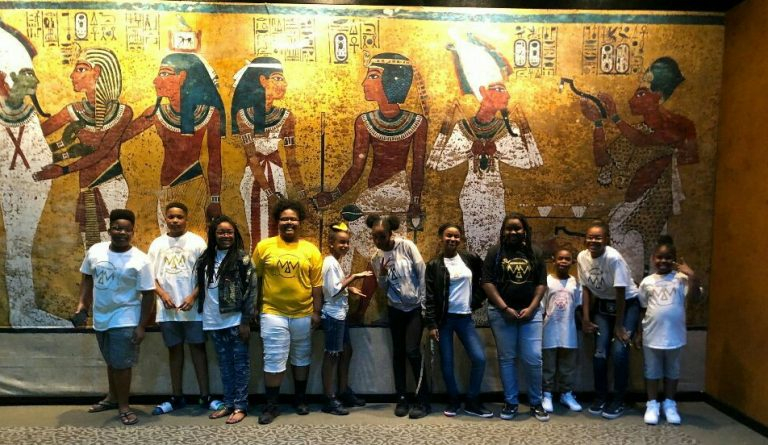 MMLV kids at King Tut Exhibit